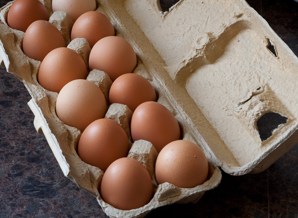 fresh-non-gmo-brown-eggs