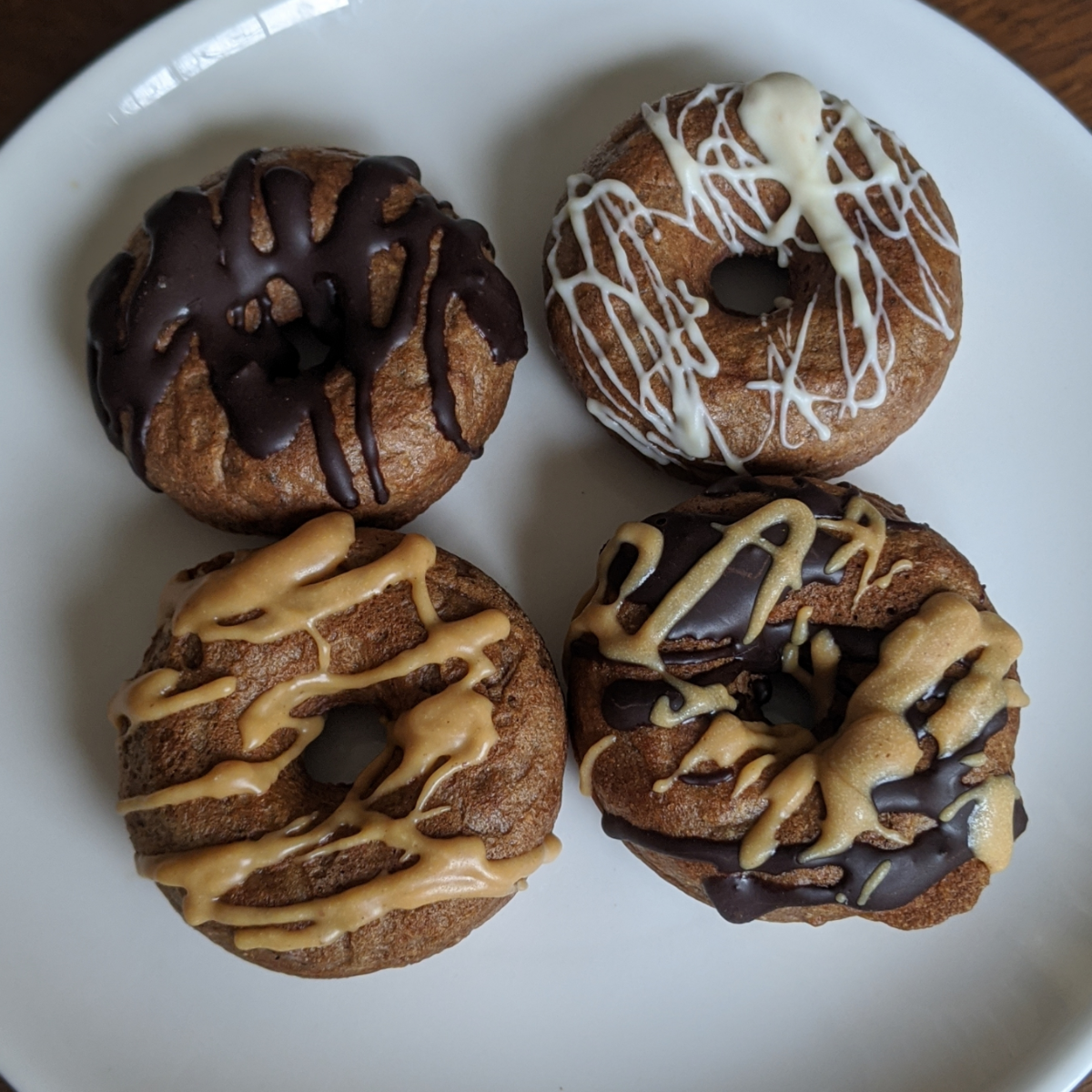 doggie-donuts-4-count-peanut-butter