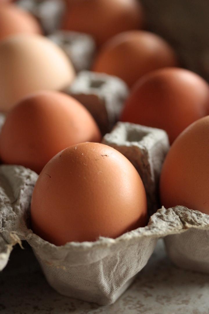 eggs-farm-fresh-brown